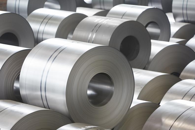 Yassı Çelik Tüketimi Hızla Geriliyor