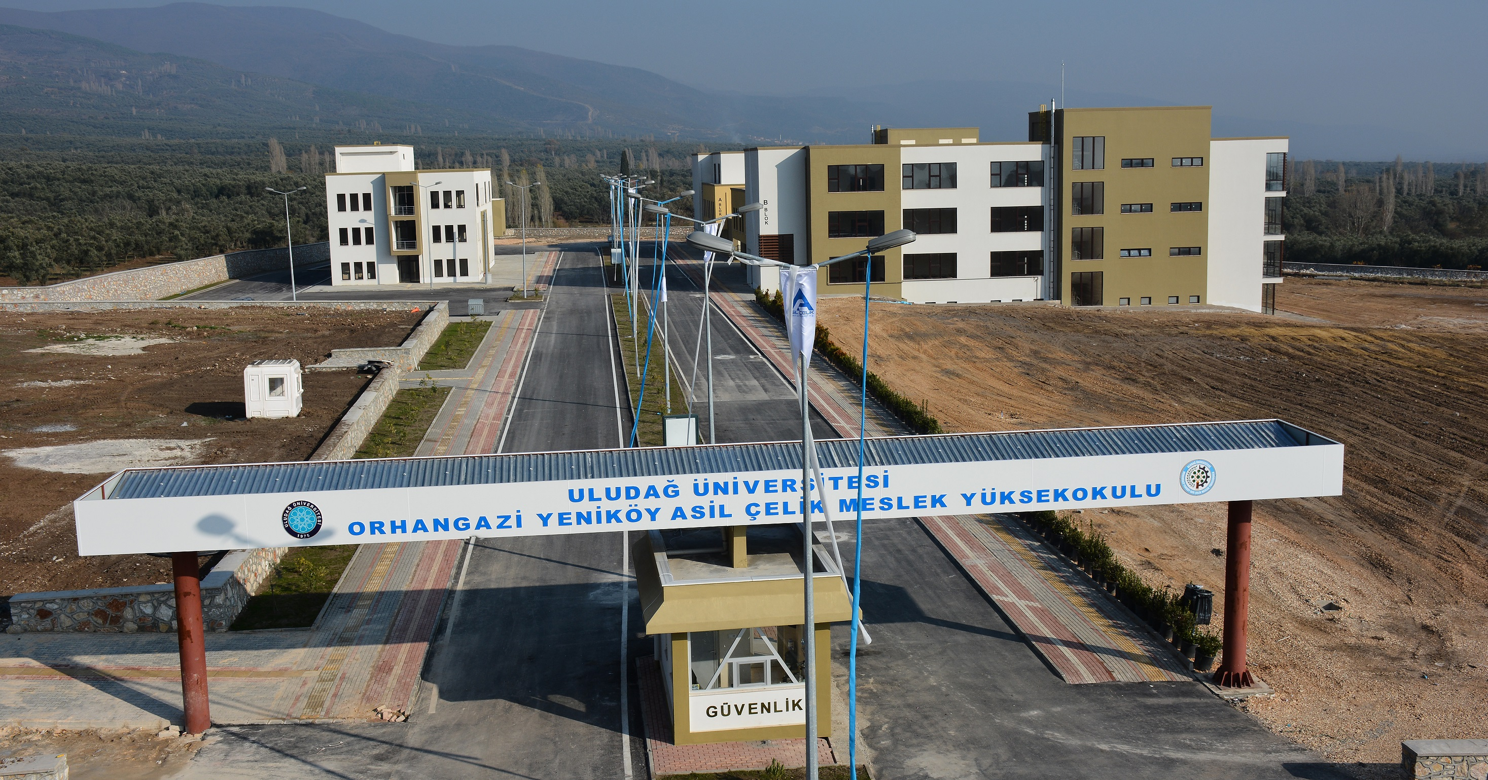 Uludağ Üniversitesi Orhangazi Yeniköy  Asil Çelik Meslek Yüksek Okulu Açıldı