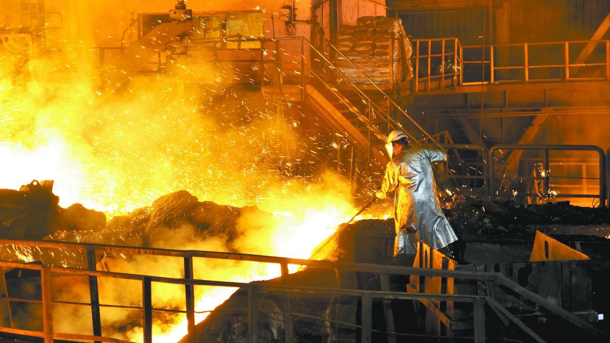 Ocak-Kasım Döneminde, Dünya Ham Çelik Üretimi % 5.4 Artış Gösterdi